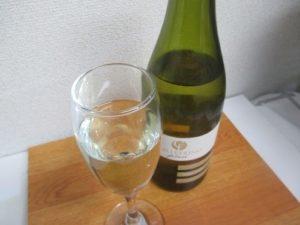 白ワイン(辛口)肉じゃが・筑前煮など甘めの食べ物に合います~「値段以上の美味さ」