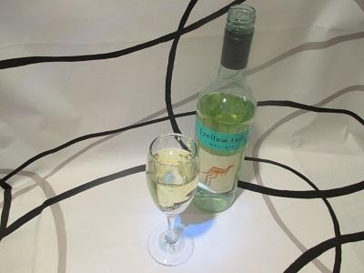 オーストラリアの甘いフルーティワイン「イエローテイル モスカート」 750ml