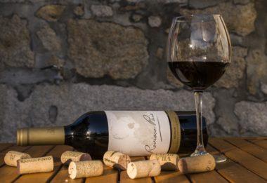 飲みかけのワインを栓して保存できるワインセーバー。何日保存できる?香り、味は落ちない?