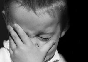 睾丸が痛い!我慢できない痛みじゃないけど気になる痛み。突然睾丸が痛み出した原因は?